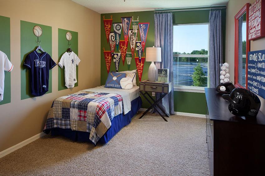 اتاق خواب بزرگ فوتبالی